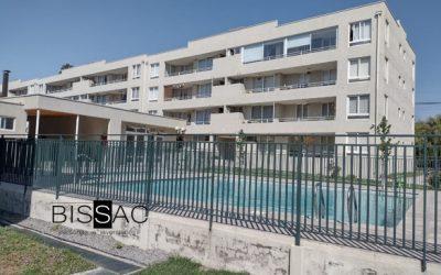 ARRENDADO  –  Amplio Departamento en Condominio (Av. Cuatro Poniente, esq. Glorias Navales Maipú) $480.000